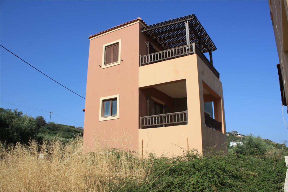 Выгодно ли покупать недвижимость в греции