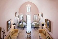 Suite House of Portraits