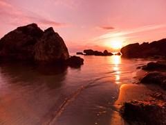 Прекрасный рассвет на пляже Порто Зоро, Закинф, Греция