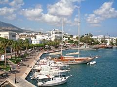 Вид с городского побережья острова Кос