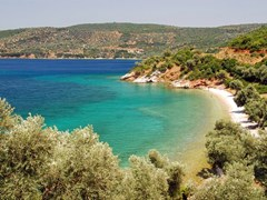 Природный пляж на острове Кос