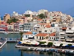 Агиос Николас город и озеро Вулисмени. остров Крит, Греция