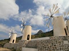 Ветрянная мельница Крит Греция