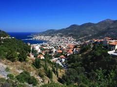 01_Nice-view-of-Pigadia-town-(Samos-island)