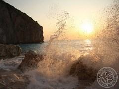 Морской прибой, Греция
