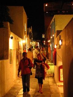 Санторини, Ночные улочки