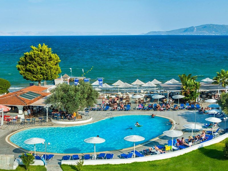 Grand Blue Hotel Eretria