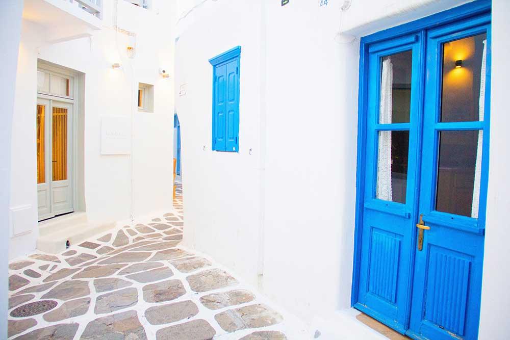 Direct flights Thessaloniki-Mykonos, starting at 41.86€!
