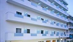 هتل 2220 m² در لوترکی