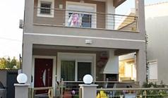 Dom wolnostojący 85 m² w Asprovalcie