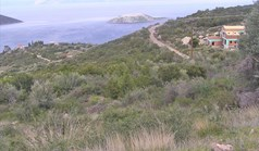 Land 1350 m² in central Greece