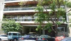 عمل 650 m² في أثينا