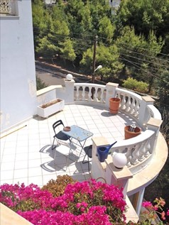 Detached house 350 m² in Athens