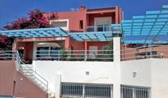 Maison individuelle 240 m² à Attique