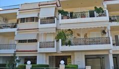 شقة 68 m² في أتيكا