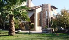 بيت مستقل 200 m² في  تسالونيكي