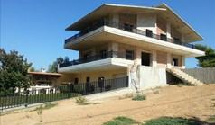 Vila 800 m² na Atici