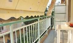 شقة 47 m² في أتيكا