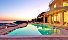 别墅 400 m² 位于阿提卡
