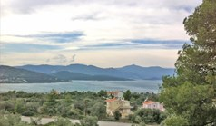 Arsa 1058 m² Merkez Yunanistan'da