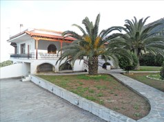 Detached house 300 m² in Eastern Peloponnese