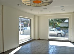 Business 42 m² in Athens