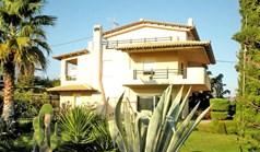 Vila 410 m² na Atici
