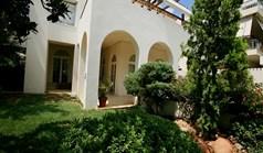 Vila 700 m² na Atici