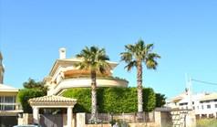 Villa 580 m² in Athen