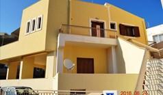 独立式住宅 190 m² 位于克里特