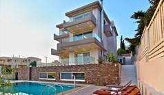 Villa 770 m² à Attique