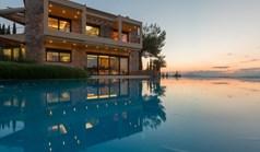 Vila 430 m² na Atici