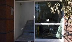 公寓 45 m² 位于哈尔基季基州