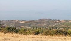 地皮 16000 m² 位于卡桑德拉(哈尔基季基州)