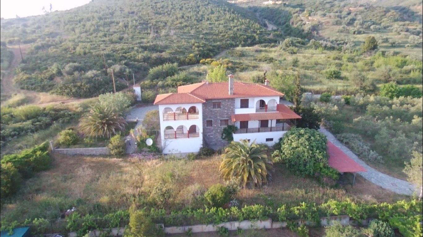 别墅 200 m² 位于阿索斯山(哈尔基季基州)