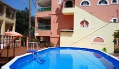 Готель 335 m² на о. Корфу
