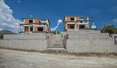 复式住宅 196 m² 位于优卑亚岛
