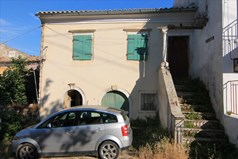 Detached house 120 m² in Corfu