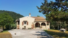 Detached house 238 m² in Corfu