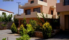 Business 620 m² in Crete