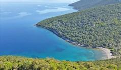 地皮 22836 m² 位于希腊中部