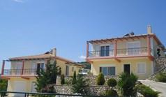 别墅 165 m² 位于爱奥尼亚群岛