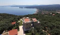 Villa 330 m² in Corfu