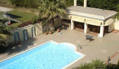 Vila 850 m² u predgrađu Soluna