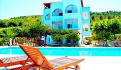 Hotel 800 m² na Attyce