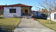 独立式住宅 65 m² 位于卡桑德拉(哈尔基季基州)