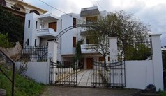 Business 249 m² in Crete