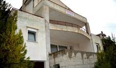 بيت مستقل 406 m² في أتيكا