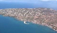 地皮 1052 m² 位于希腊中部