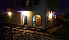 Dom wolnostojący 260 m² w Asprovalcie